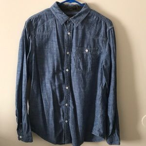 """Helix """"jeans colored"""" causal buttons up shirt"""